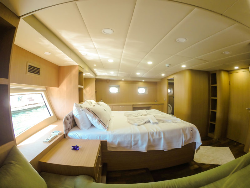 sea holiday on board luxury gulet Artemis
